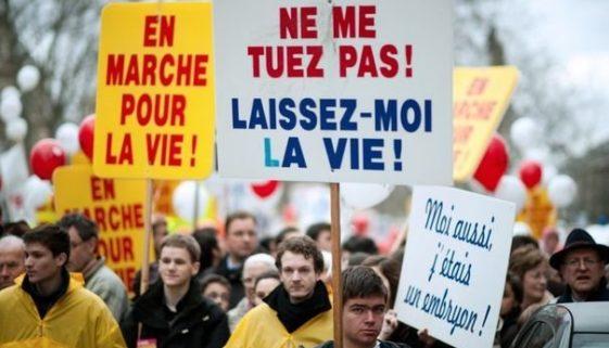 285260_manifestation-anti-avortement-a-paris-le-22-janvier-2012